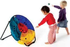 Gonge Hedefe Top Atma Oyunu - Throwing Game 2907