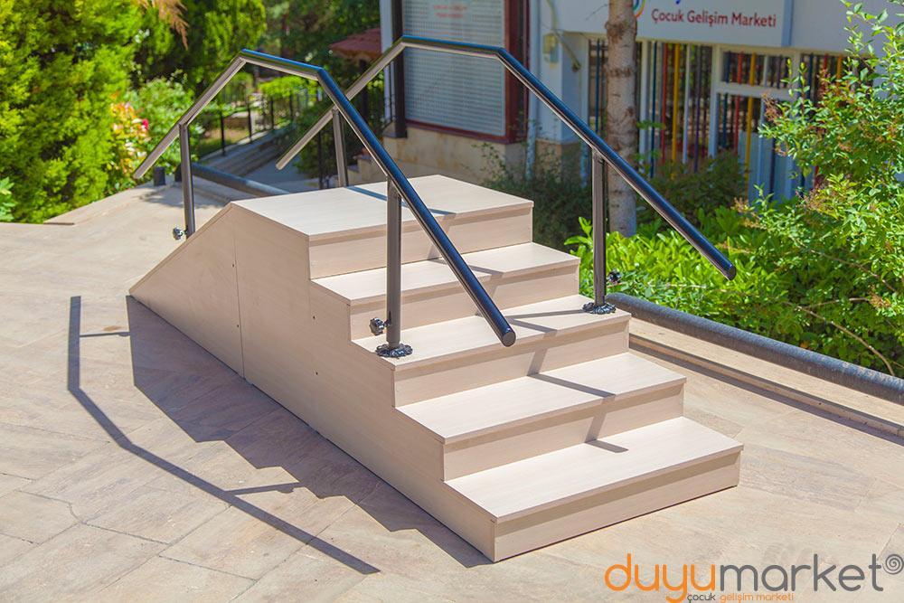 Rampalı Yürüme Merdiveni